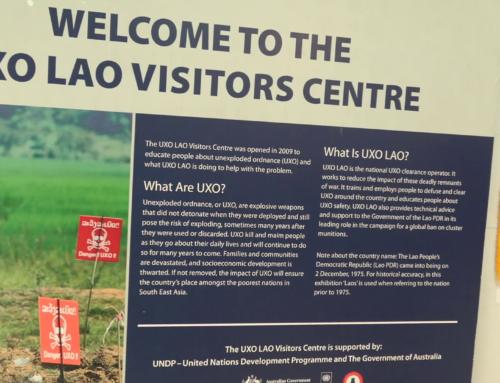 Besøke UXO senter i Luang Prabang