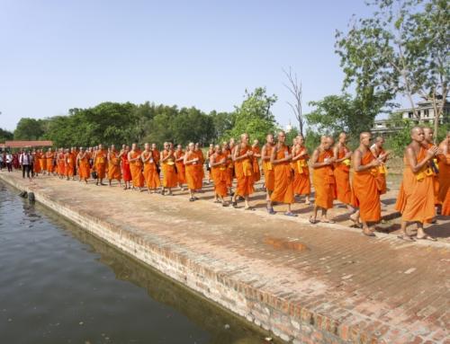 Feire Buddhas bursdag i Lumbini, Nepal