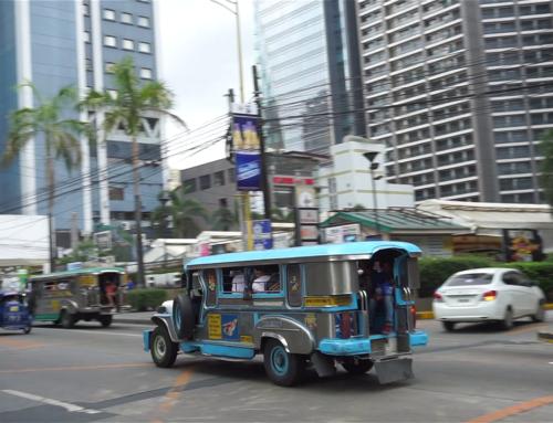 Vandring i Manilas gater i Filippinene